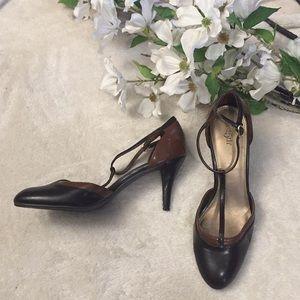 [East 5th] Brown and Black heels